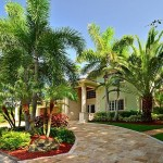 East Boynton Beach Vacation Pool Home for Rent